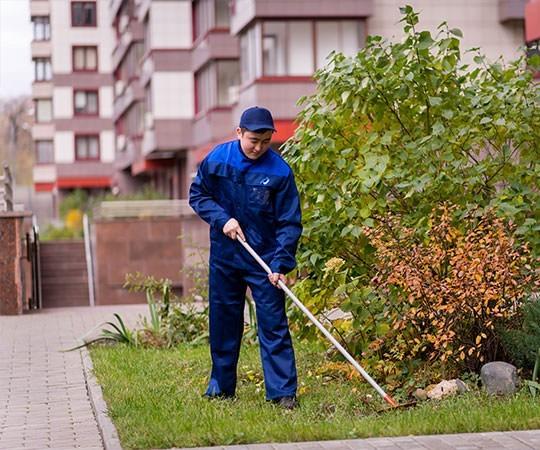 Уборка территории в Набережных Челнах и Республике Татарстан